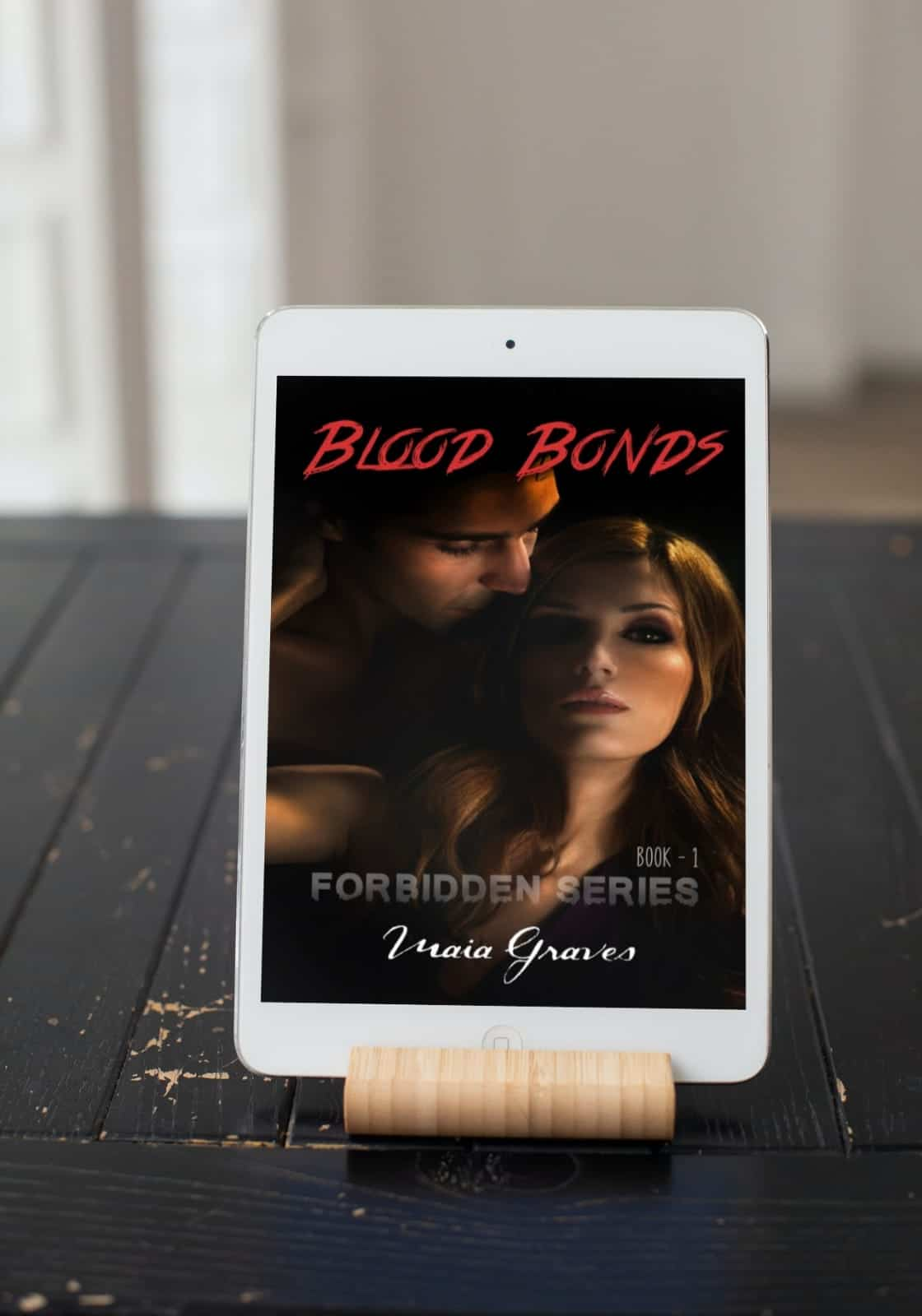 Blood Bonds by Maia Graves